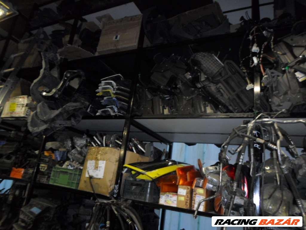 Renault Master,Opel Movano,Interstar BONTÓ/SZERVIZ/MOTOROK/ALKATRÉSZEK A-Z 19. kép