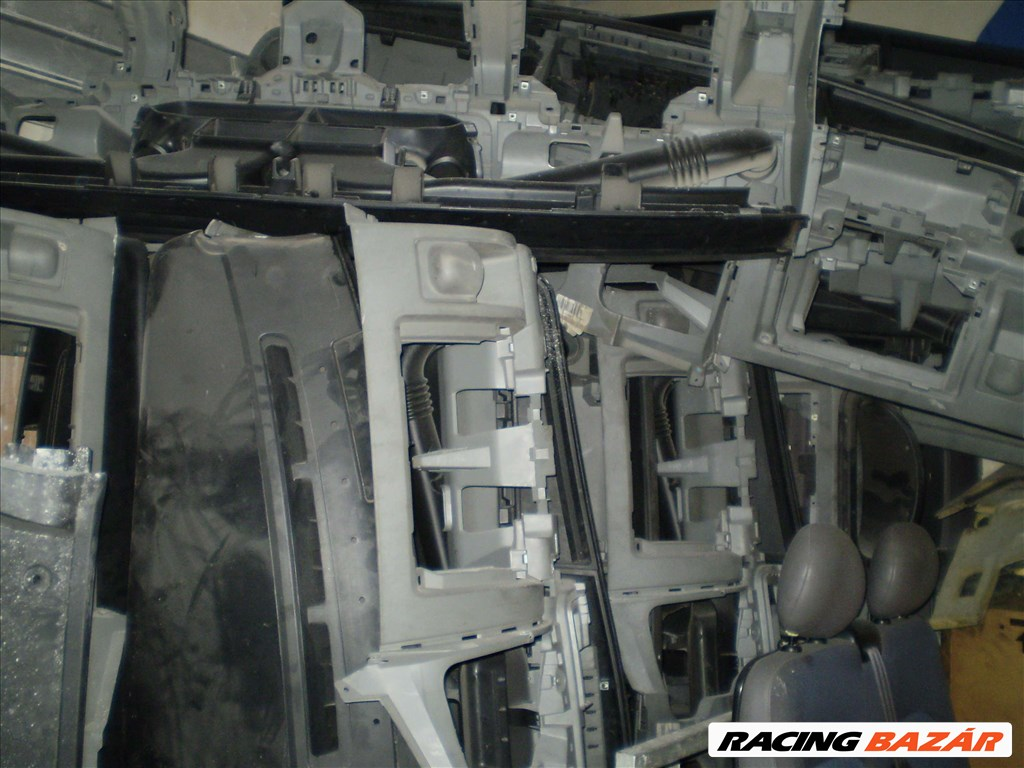 Renault Master,Opel Movano,Interstar BONTÓ/SZERVIZ/MOTOROK/ALKATRÉSZEK A-Z 26. kép