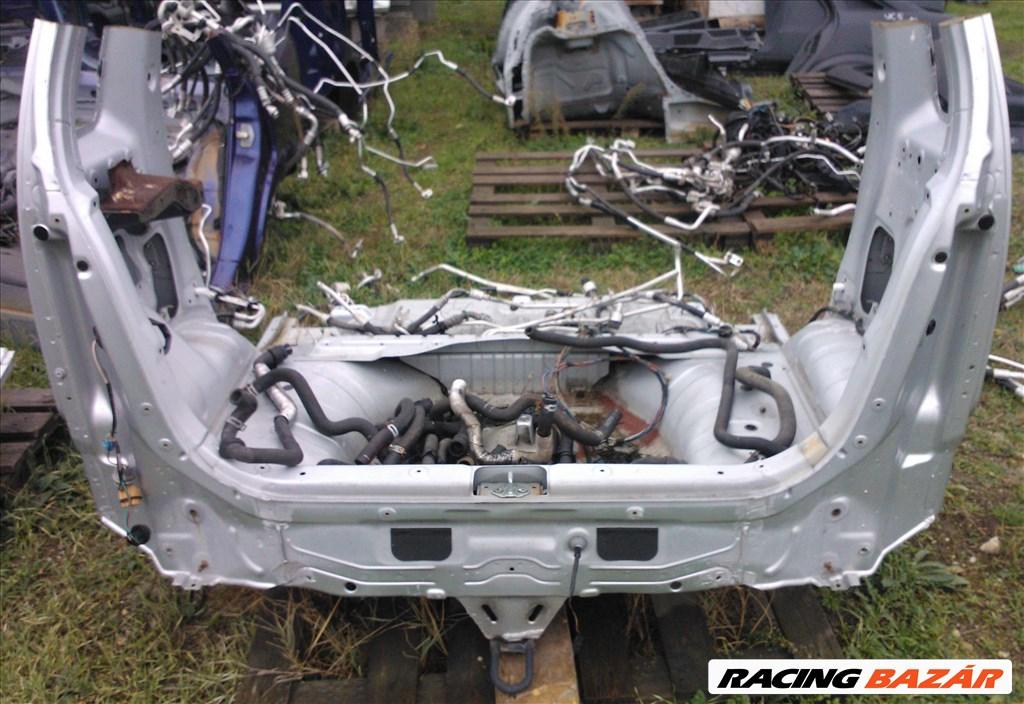 Opel Agila A karosszéria kis hátulja 2. kép