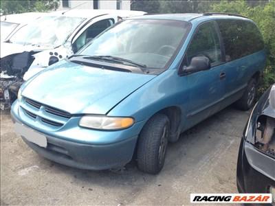 Dodge Caravan Bontott Alkatrész Alkatrészek 3.0 V6 Benzin 1997 Évjárat