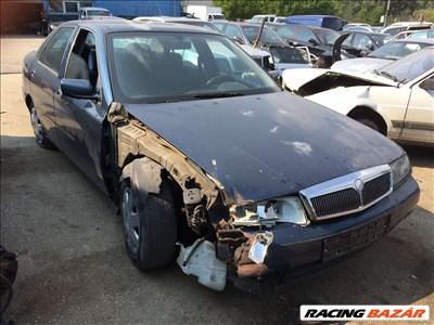 Lancia Kappa Bontott Alkatrész Alkatrészek 2.0 20V Benzin 1998 Évjárat