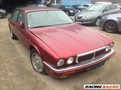 Jaguar X300 XJ Sport Bontott Alkatrész Alkatrészek 3.2 Benzin 1996 Évjárat