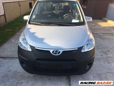 Hyundai i10 1.1 benzin  Csavaros eleje ,futomű ,ajtó...stb