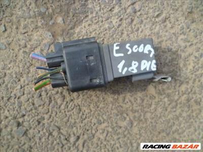 ford escort,, mondeo,, fiesta 95 első ködlámpa relé 95 AG 14512 AA