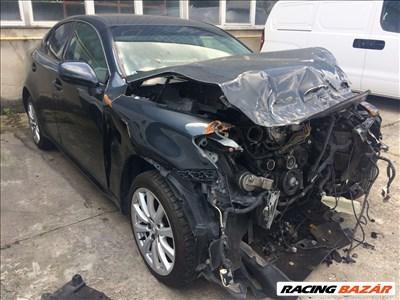 Lexus IS 220d Bontott Alkatrészei Bontott Alkatrészek Bontás 2.2 Dízel 2006 Évjárat
