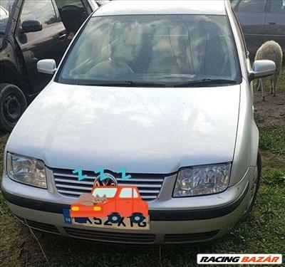 Volkswagen Bora bontott alkatrészei