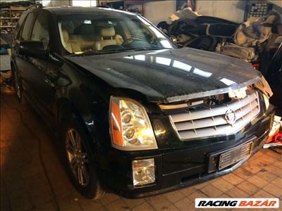 Cadillac SRX Bontott Alkatrészei Bontott Alkatrészek Bontás 4.6 Benzin 2008 Évjárat