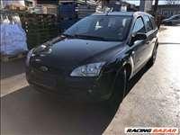 Ford Focus kombi 1.6 TDCI bontás motor váltó lökhárító motorháztető sárvédő ajtó