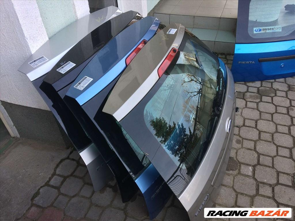 Ford Fiesta bontott alkatrészei: motorháztető, sárvédő, lökhárító, ajtó, csomagtér ajtó. 8. kép