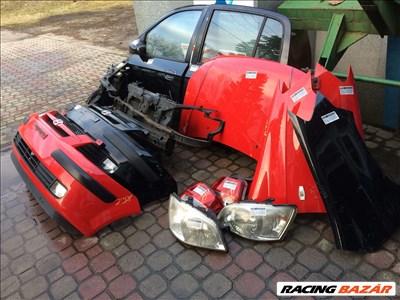 Hyundai Getz bontott alkatrészei, motorháztető, lökhárító, sárvédő, lámpa, ajtó, homlokfal.