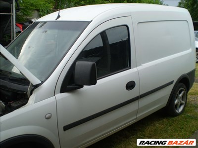 Opel Combo C Tour 1.3 CDTI bontott jármű