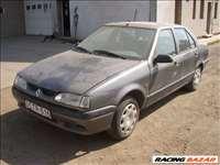 Renault R19 bontott alkatrészei