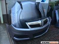 Opel Vectra C 2001-2008 bontott alkatrészei: sárvédő, motorháztető, ajtó, lökhárító.