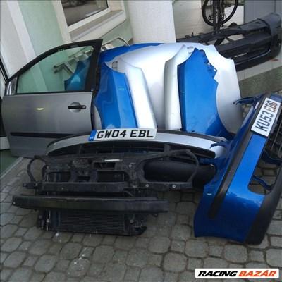Volkswagen Polo 2001-2005 bontott: motorháztető, lökhárító, ajtó, sárvédő, homlokfal, lámpa.