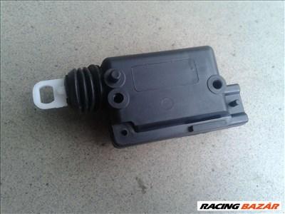 Renault Dacia központi zár motor centrálzár 7701039565, 7701029259, 7702127962
