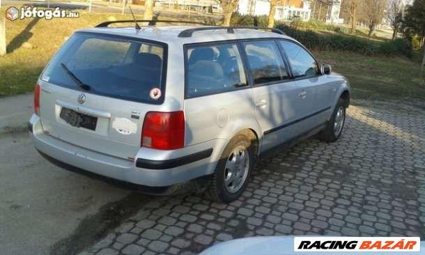 Volkswagen Passat IV 1.8 motorháztető  5. nagy kép