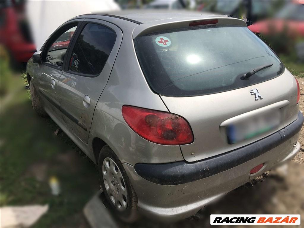Peugeot 206 Bontás Alkatrészek Bontott Alkatrész 2.0 HDi 2003 Évjárat 3. kép