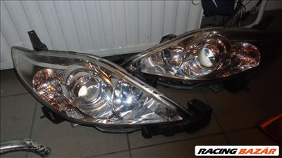 Mazda 5 (CR) fényszóró