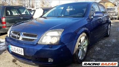 Opel Signum bontott alkatrészei