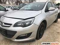 Opel Astra J kombi (B16XER) bontott alkatrészek