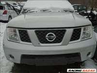 Nissan Navara D40, 2.5 Dci, komplett eleje, ezüst színben eladó