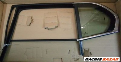Skoda Superb II bal hátsó ajtó fix üveg kerettel