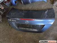 Mercedes CLK c209 csomagtér ajtó