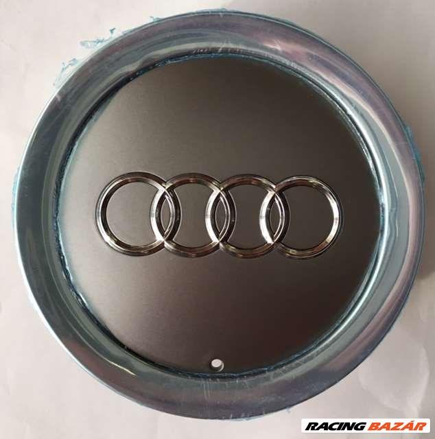 Audi -s felni közép, kupak 4E0601165A 3. kép