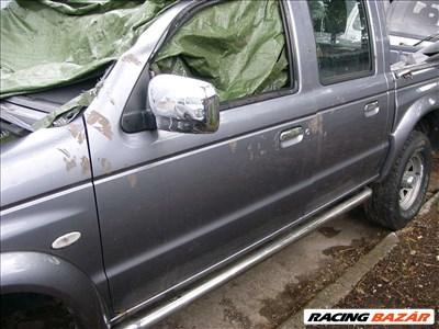 Mazda B 2500 bontott alkatrészei