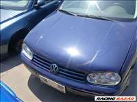 Volkswagen Golf IV 1.6 Vw Golf 4 1.6-16 szelep(AZD) 3 ajtós , alkatrészenként eladó LB5N színben