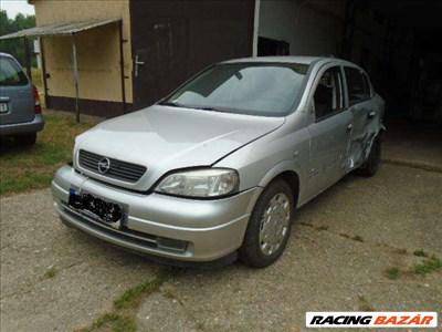 Opel Asta G 1.7 DTL dízel, 5-ajtós bontódik, összes alkatrésze eladó