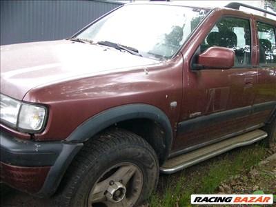 Opel Frontera B bontott alkatrészei