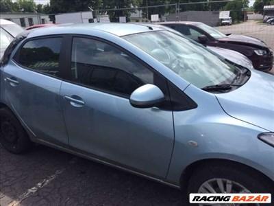 Mazda 2 bontásra egyben eladó