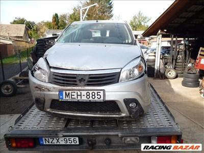 Dacia Sandero I bontott alkatrészei