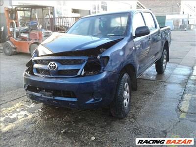 Toyota Hilux bontott alkatrészei