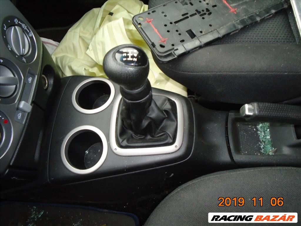 Mazda 2 (ZQ) bontott alkatrészei 4. kép
