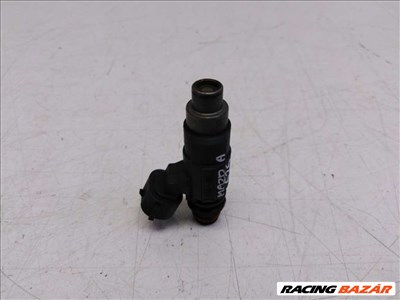 Mazda Premacy  befecskendező (injektor) INP781