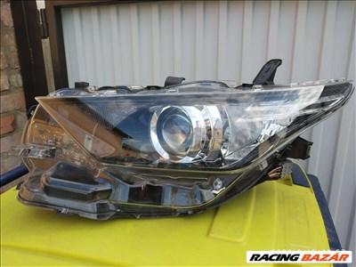 Toyota Auris bal fényszóró eladó 8115002K30