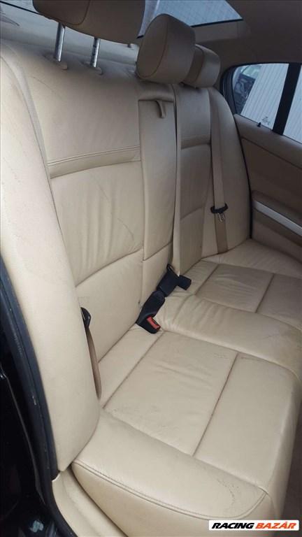 BMW E90 LCI 320D bontott alkatrészei 12. kép