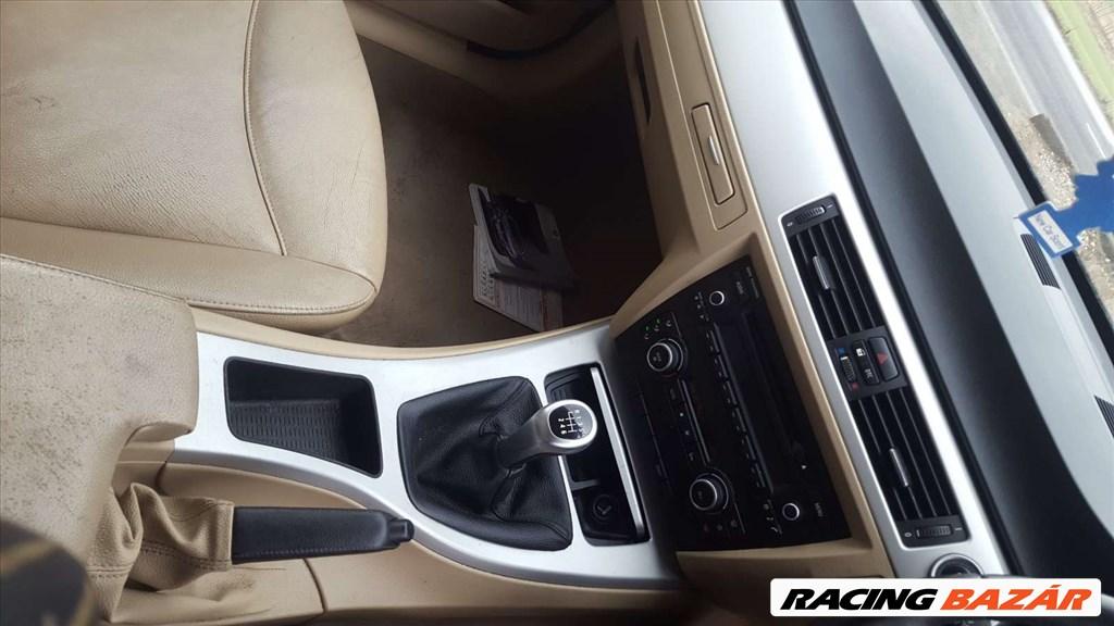 BMW E90 LCI 320D bontott alkatrészei 15. kép