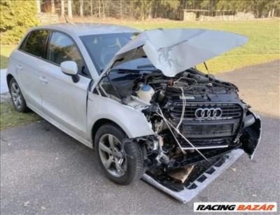 Audi A1 S-Line 1,4 TFSI (8X) bontott alkatrészei