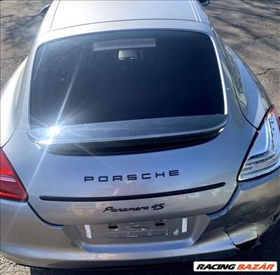 Porsche Panamera (970)  Csomagtér ajtó