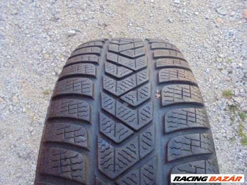 Pirelli Winter sottozero 3 225/50 R18  1. nagy kép