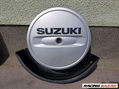 Suzuki Grand Vitara (2nd gen) pótkerék takaró