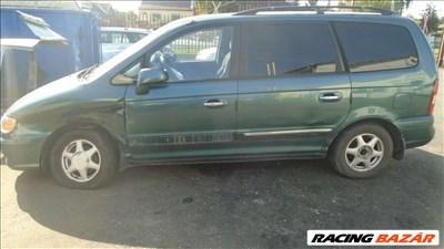 Hyundai Trajet bontott alkatrészei *