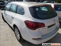 Opel Astra J Sports Tourer 2.0 CDTi bontott alkatrészei