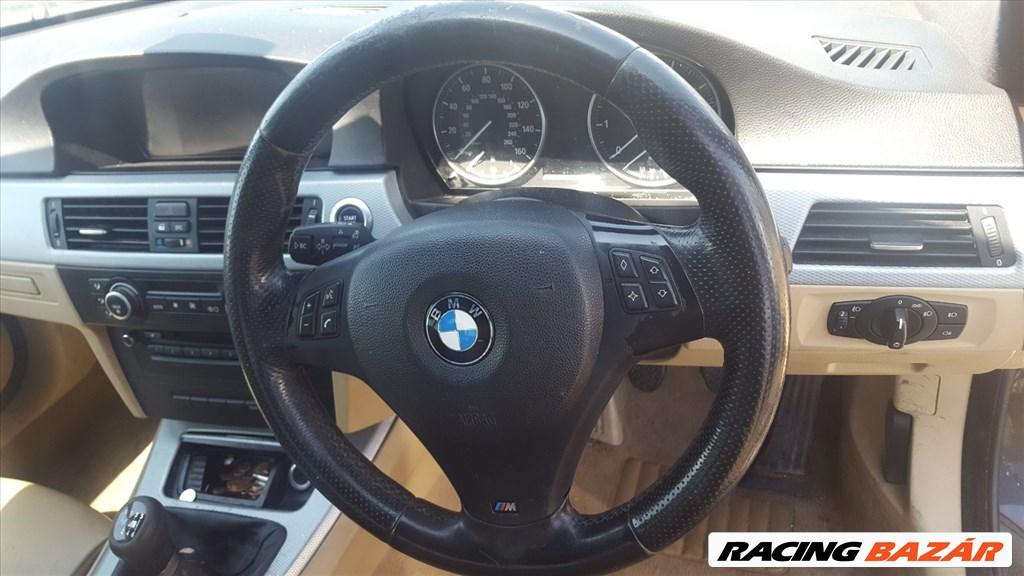 BMW E90 318I  bontott alkatrészei 7. kép
