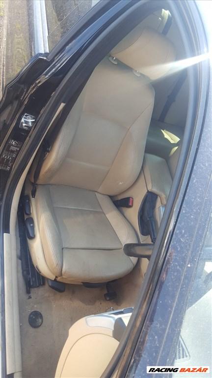 BMW E90 318I  bontott alkatrészei 11. kép