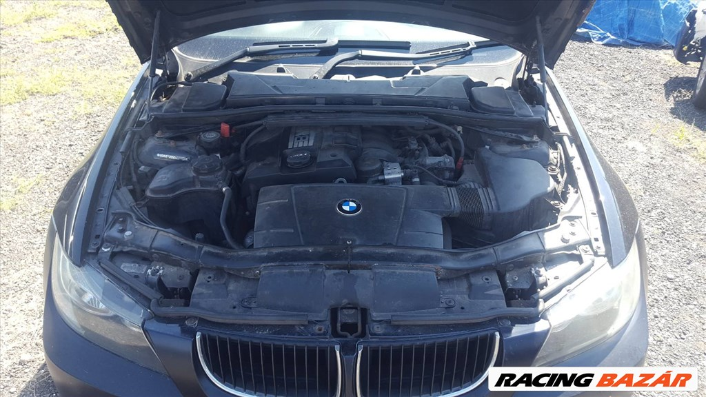 BMW E90 318I  bontott alkatrészei 12. kép