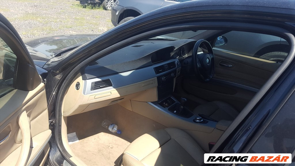 BMW E90 318I  bontott alkatrészei 15. kép